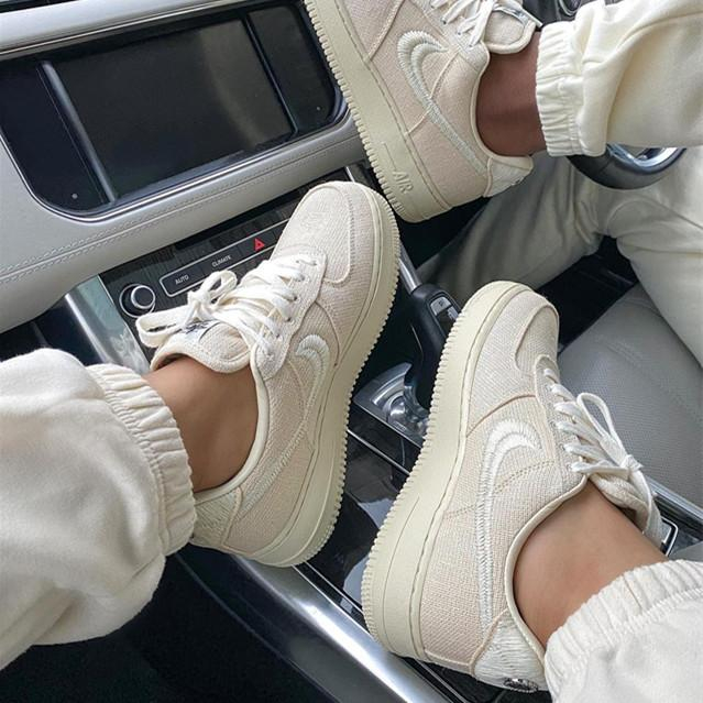 Image of Nike Air Force 1 Fashionable casual cushioning board shoes