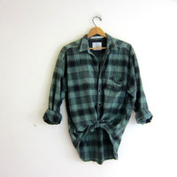 20% OFF SALE Vintage green Plaid Flannel / Grunge Shirt / Boyfriend button up shirt / size M