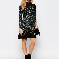 Oasis Daisy Placement Dress at asos.com