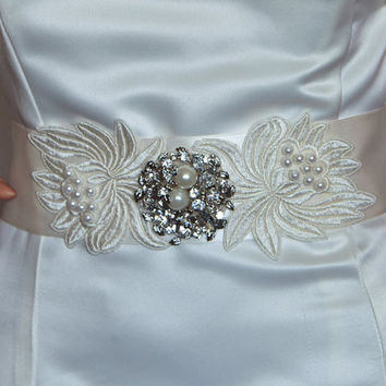 Vintage Inspired Sash with Cream Pearls and Rhinestone Centerpiece
