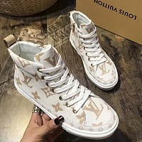 Louis Vuitton LV new trend all-match leather high-top shoes plus velvet ladies shoes