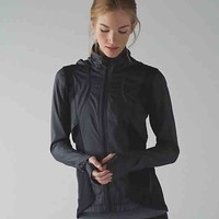 kanto catch me run jacket | women's jackets and hoodies | lululemon athletica