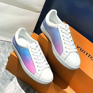 Louis Vuitton LV trendy ladies gradient printed alphabet sneakers