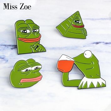 Trendy Miss Zoe the Frog Pepe Sad Think Drink Funny Cute Animal Denim Jacket Brooches for Women Enamel Pins Badge Jewelry Gifts Men AT_94_13