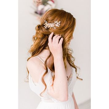 Gold and rhinestone floral hair comb - style 4001