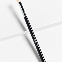 Sigma Beauty E25 Blending Brush | Urban Outfitters