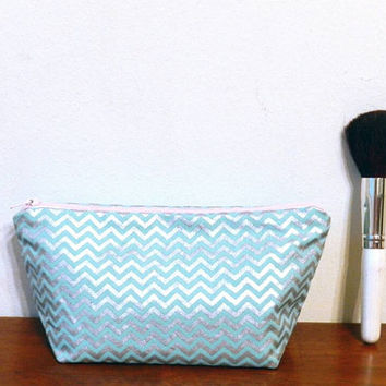 Pale Icy Blue and Shiny Silver Chevron Print Small Travel Makeup/Cosmetics/Toiletries/Vape Pen Bag/Pouch/Holder with Pale Pink Zipper