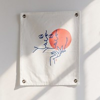 Never Made X UO Horoscope Tapestry   Urban Outfitters