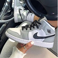 NIKE AIR JORDAN 1 High Retro Black Toe Basketball shoes-1