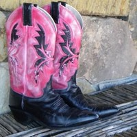 In LOVE Cowgirl Boots   2Market2