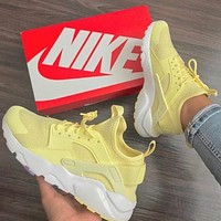 NIKE AIR HUARACHE Hith Tops Wallace 2 Generation Men and Women Leisure Sprots shoes Yellow