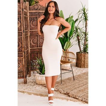 Calabasas Queen Ribbed Strapless Bodycon Dress (Light Taupe)