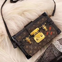Free shipping-LV classic old flower small square box retro box shoulder slung handbag
