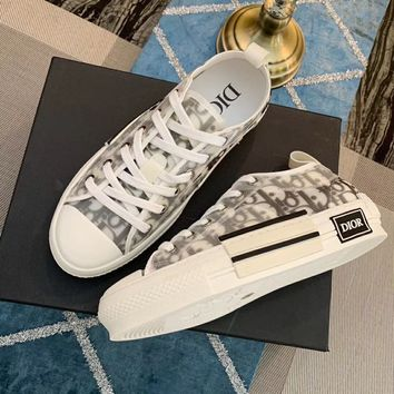 DIOR LOW-TOP SNEAKER
