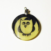 Glowing Owl Pendant - glows in the dark