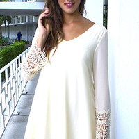 Bella Dona Chiffon Dress - Cream