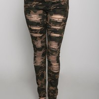 CLASSIC CAMO DISTRESSED OLIVE JEANS