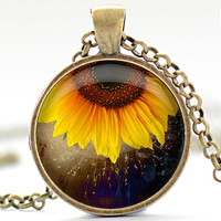 Sunflower Necklace, Sunflower Pendant, Sunflower Jewelry, Sunflower Charm (1317)