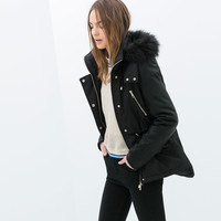 JACKET WITH CONTRASTING SLEEVES