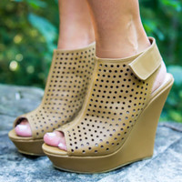 Showstopper Wedges - Final Sale