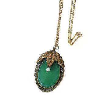 Vintage Necklace, Leaf Necklace, Green Glass, Faux Jade, Faux Pearl, Autumn Leaves, Pendant Necklace, Vintage Jewelry