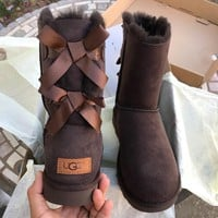 ❤shosouvenir❤ UGG authentic Bailey bow II water resistant