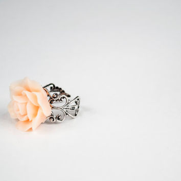 Beautiful Large Peach Flower - Adjustable Ring