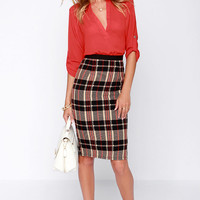 Paper Shuffler Black and Beige Plaid Pencil Skirt