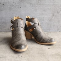 lust valley strappy cutout ankle bootie - grey