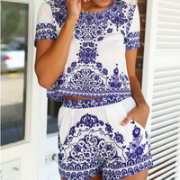 Women's clothing on sale = 4546946180