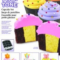 Wilton 2105-7783 Two Tone Cupcake Baking Set