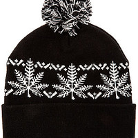 The Nordic Beanie in Black