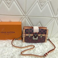 LV Louis Vuitton WOMEN'S MONOGRAM LV Pop CANVAS Truck Clutch INCLINED SHOULDER BAG