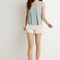 Vented-Back Cutout Top