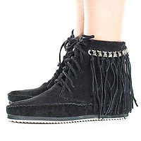 Indy01 By Bamboo, Fringe & Gold Chain Lace Up Women's Moccasin Boots