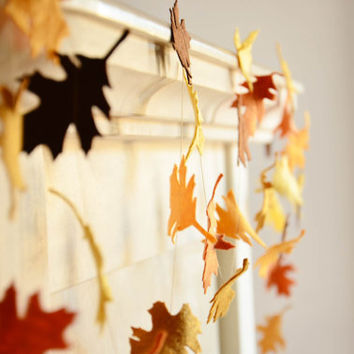 Fall Wedding Decoration. Fall Foliage. Felt Garland in Autumn Colors. Thanksgiving decoration