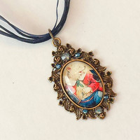 Vintage jewelry old fashioned necklace Victorian animal pendant vintage ribbon necklace whimsical animal jewelry circus bear Urban Disciple