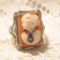Vintage 14 KT White Gold Left Facing Shell Cameo Habille with Diamond Necklace Ring Size 5