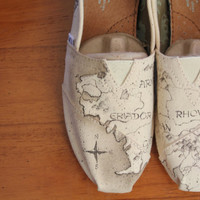 Custom LOTR Toms Middle Earth map by PoppyBouquet on Etsy