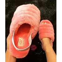 """Bunchsun """"UGG"""" Hight Quality Trending Women Stylish Fluff Yeah Slippers Shoes"""