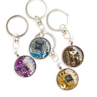 Men's Geeky keychain - Circuit board - recycled keyring - gift for Dad - IT geek - geekery - round, resin