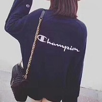 Champion men and women couple new embroidered sketched head round neck sweater F-CY-MN Navy blue