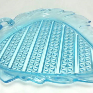 Vintage Diamond Quilted Blue Leaf Shaped Glass Tray/1880s Glass Tray/Appetizer Tray