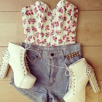 clothes, flowers, girly, high heels - inspiring picture on Favim.com