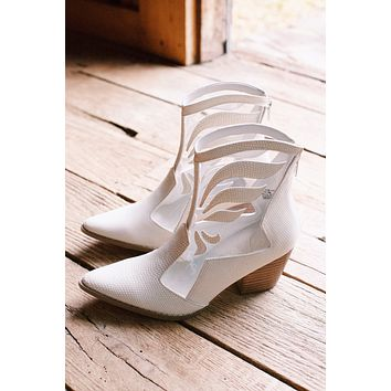 Cloud Nine Embossed Clear Vinyl Ankle Boot, White | Coconuts by Matisse