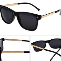 New Unisex fashion vintage sunglasses Metal Design men women retro sun glasses gafas oculos de sol = 1946386756