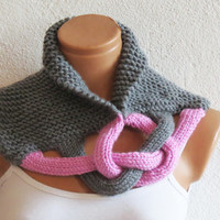 Braided Cowl, Scarflette, Neckwarmer, Gray Pink Infinity Scarf Knitted Chunky Scarf, Woman Accessory, Gift For Her, Knit Chain Cowl, Cozy