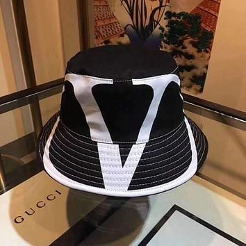 """LOUIS VUITTON"" Unisex All-match Simple Letter   Printing Baseball Cap Couple Peaked Cap Fisherman's Hat Sun Hat"