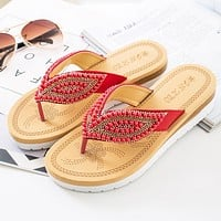 Fashionable beach slipper new trend pearl leaf women's flip-flops casual anti-slip flat flip-flops