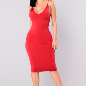 Anne Marie Midi Dress - Dark Red